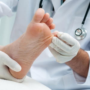Wynnum Podiatry - Mint Foot Care Logo Service